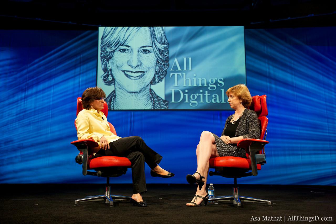 Kara Swisher interviews NPR CEO Vivian Schiller at D8.