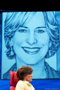 Kara Swisher interviews NPR's Vivian Schiller.