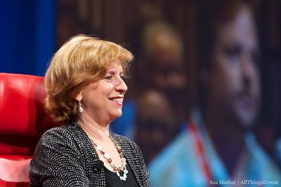 NPR CEO Vivian Schiller at D8.