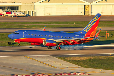 Southwest Airlines Boeing 737-7H4 N273WN 9-29-20