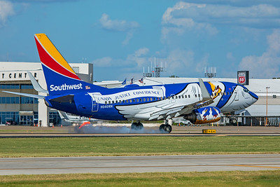 Southwest Airlines Boeing 737-7H4 N946WN 7-23-20