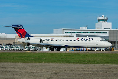 Delta Air Lines Boeing 717-231 N933AT 2-2-20