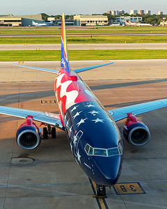 Southwest Airlines Boeing 737-8H4 N500WR 6-18-21 4