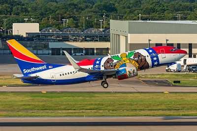 Southwest Airlines Boeing 737-7H4 N280WN 7-22-21 2