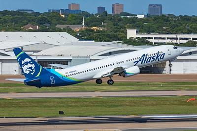 Alaska Airlines Boeing 737-990 N302AS 7-14-21 2