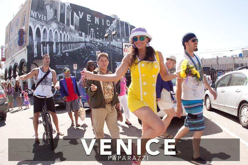 Venice Paparazzi -64-X2.jpg