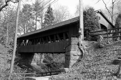 ANOTHER SHOT OF HARDINGS BRIDGE B&W