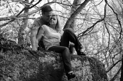 COUPLE ON A LEDGE B&W