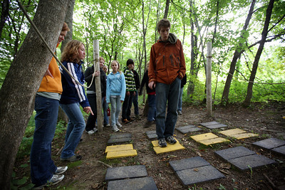 """DODGEVILLE, WISCONSIN: Silent team """"unlock the stepping stone sequence combination"""". More photos available at  http://discoverybound.org"""