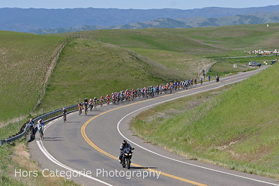 7533 The Masters 35+ cat 4 field early in the first lap in the Zamora hills