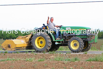 2069 Outta my way!  Nothing runs like a Deere