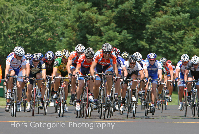 2207 Bell Lap - DBC train still controls the peloton