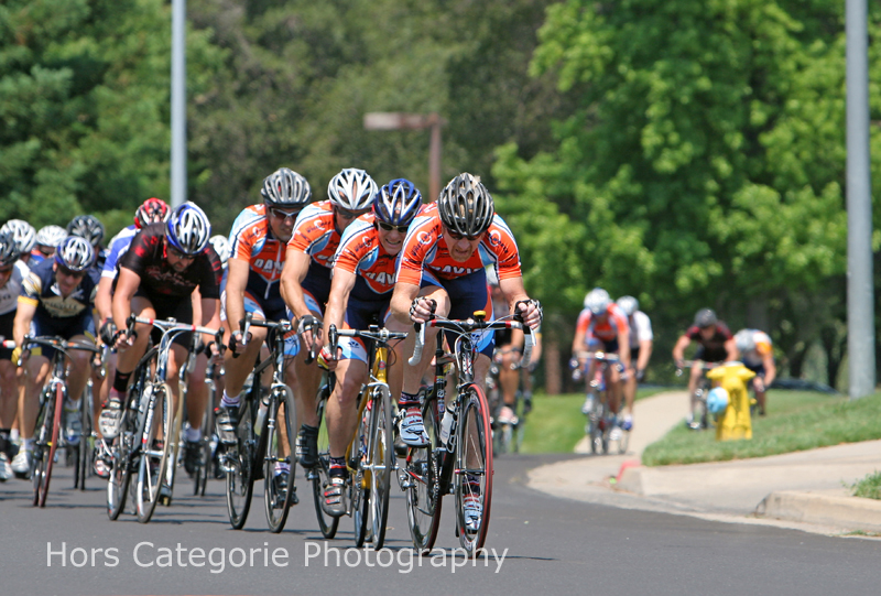 2202  The Blue and Orange train with 2 laps to go