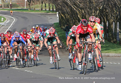 8762 Riders sprint up the finishing straight early in the race