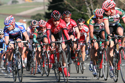 8870 Colavita-Sutter Home riders keep an eye on BMCs' Scott Moininger