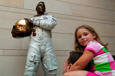 CapitolDC-11  Madison and astronaut