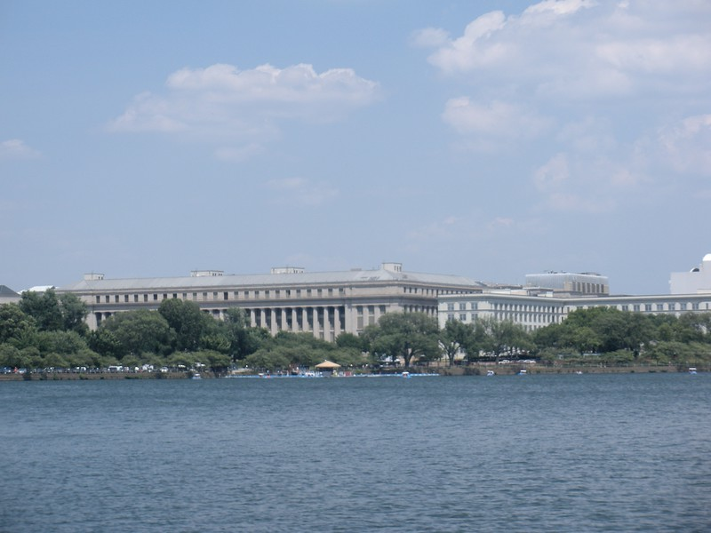 Government buildings as seen from West Potomic Park