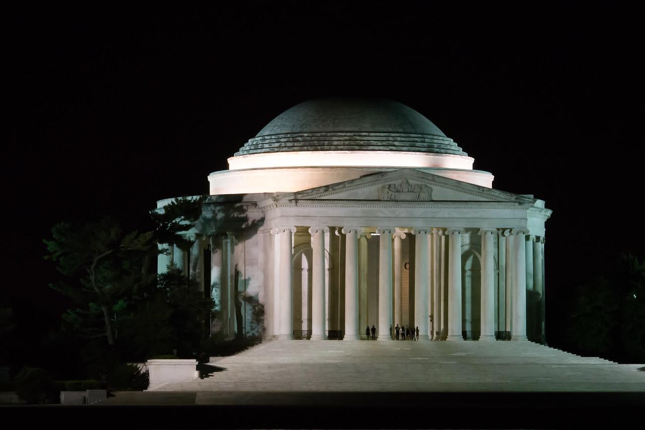 Jefferson @ night