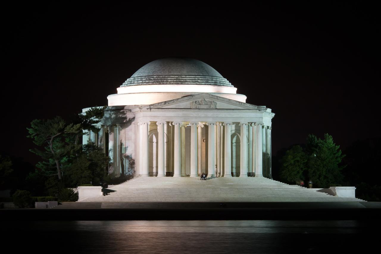 Jefferson @ night-3
