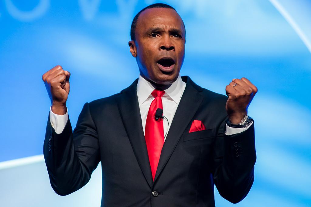 Boxer Sugar Ray Leonard ignites the crowd during Marriott Bridges annual gala.