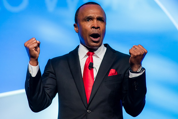 Boxer Sugar Ray Leonard ignites the crowd during Marriott Bridges annual gala.