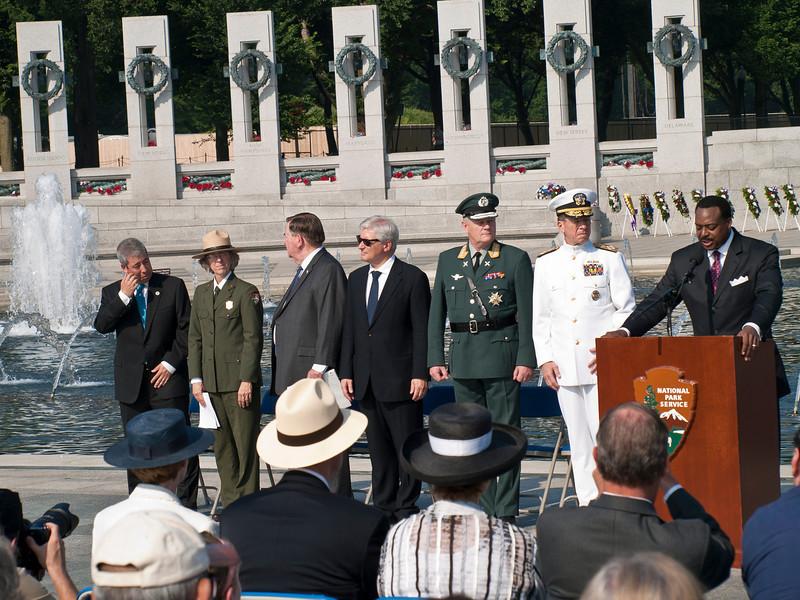 ?; Carolyn Richard, National Mall and Memorial Parks; LTG Kicklighter; Swedish Ambassador; Swedish General Sunde; Admiral Mullen; DC TV Newsperson Leon Harris