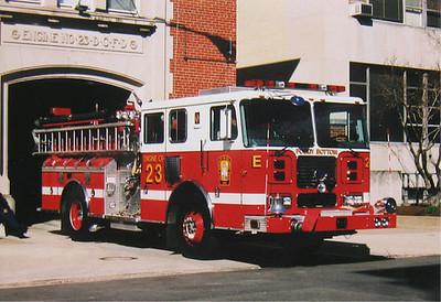DC Engine 23 2000 seagrave