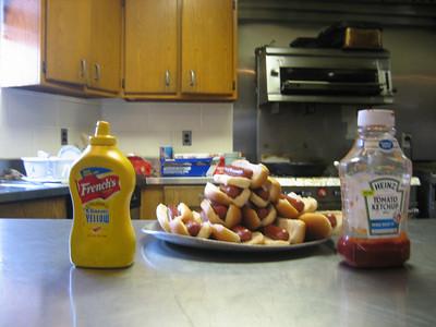 Hot Dog Eating Comp (6)
