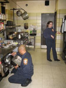 sgt gooding & Tech Capps promotional dinner (9)