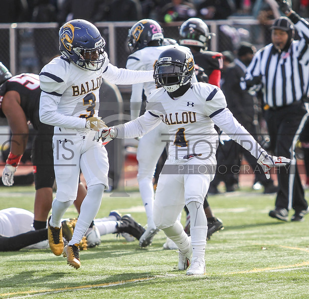 November 22, 2018: DCIAA 49th Turkey Bowl Title game between H.D. Woodson HS and Ballou HS at Eastern HS. Photo by: Chris Thompkins/DCsportsfan