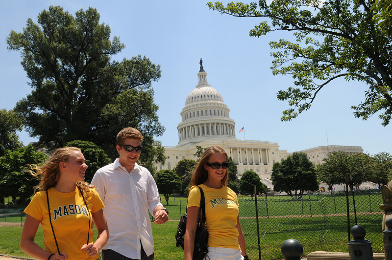 090630047 - Mason students walking outside the U.S. Capitol Building, Washington, DC. Photo by Nicolas Tan.