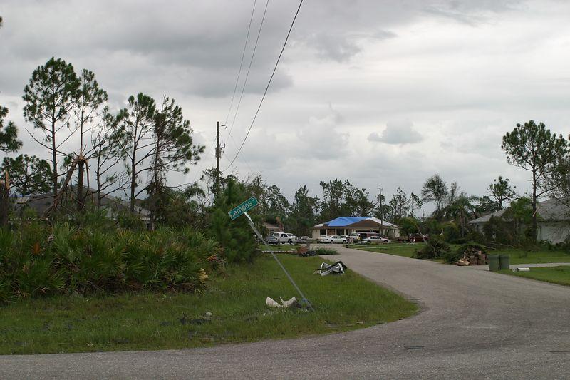 Hurricane 13 aUG 04 002
