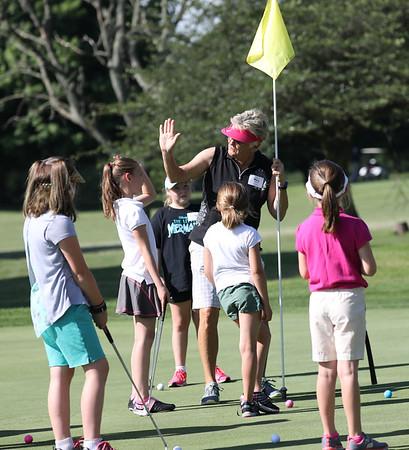 Get a Girl Golfing