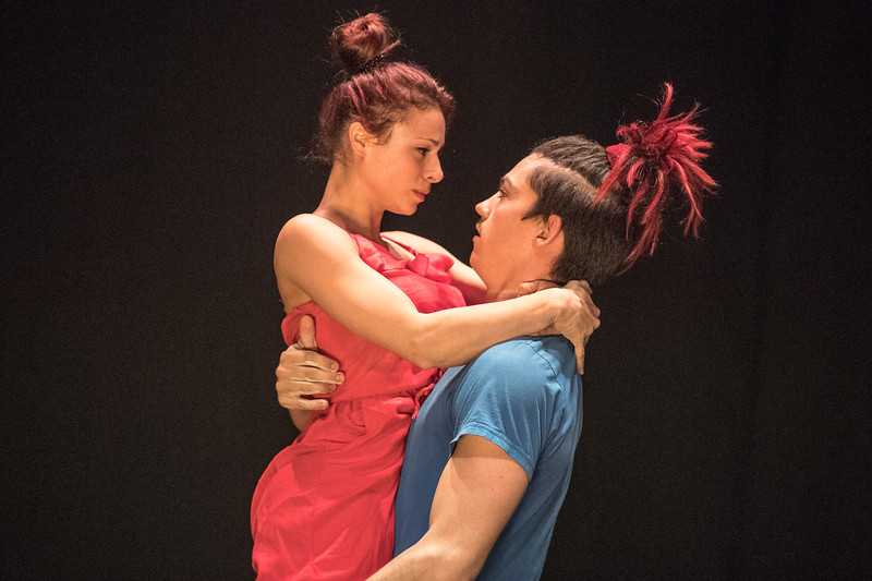 Alfred Hall Kriegbaum bærer Sonia Matos gennem kærlighedens skærsild