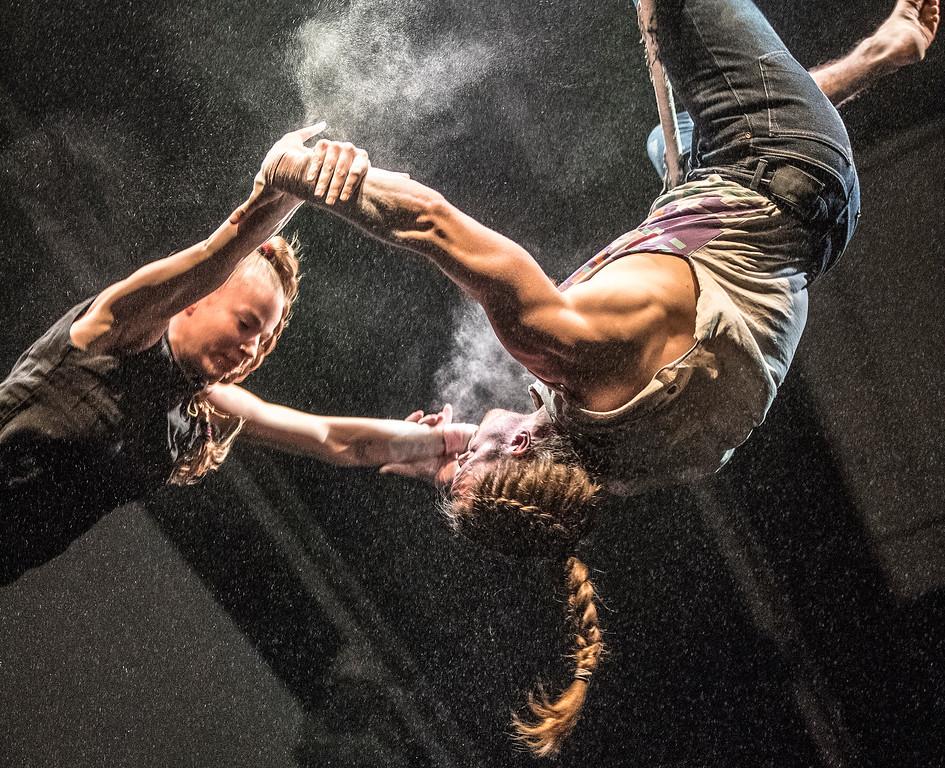 Lalla La Cour og Eivind Øverland - kærlighed ved første trapez
