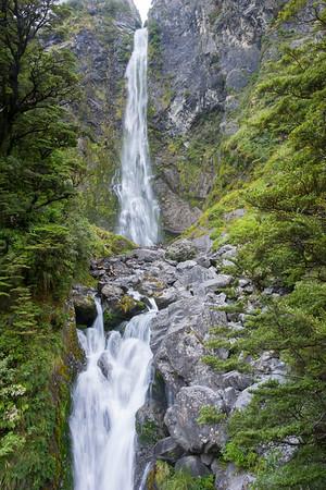 Arthur's Pass, Devil's Punchbowl Wasserfall