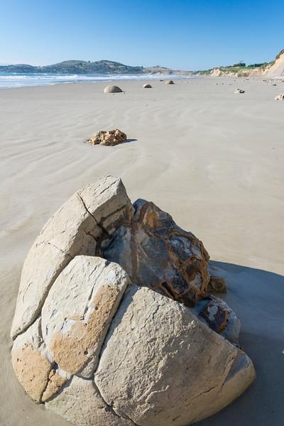 Moeraki Boulders, Otago: Septarien