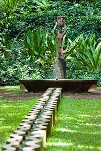 Der Meerjungfraubrunnen in den Allerton Gardens