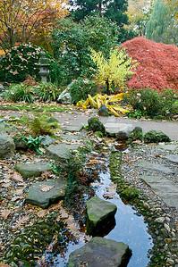 Kleiner Wasserlauf, Japanischer Garten Leverkusen
