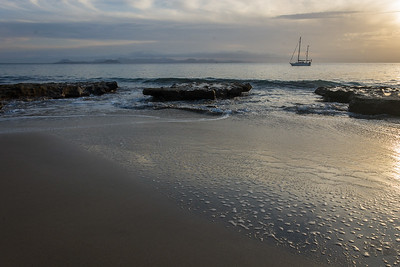 Punta del Papagayo, Playa Mujeres