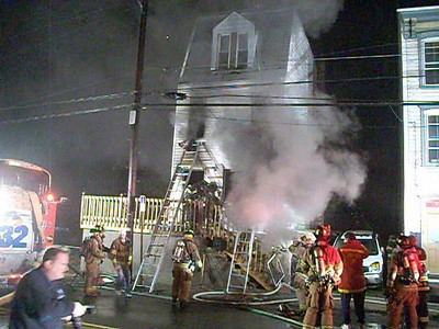 POTTSVILLE CITY FIRE 12-26-2009 PICTURES AND VIDEOS BY COALREGIONFIRE