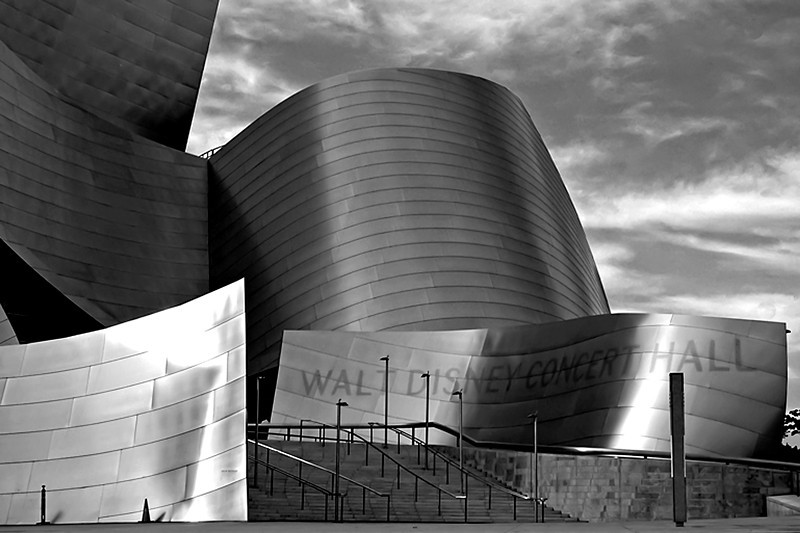 Walt Disney Concert Hall, Los Angeles, California, USA.