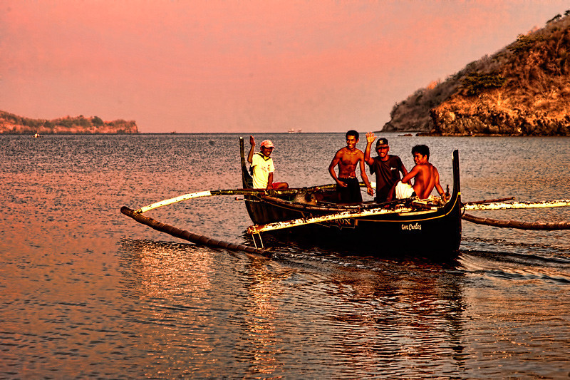 Fishermen at Calayo fishing village, Batangas, Philippines.