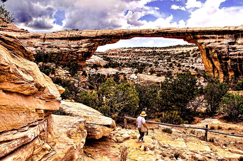 A view of Kachina Bridge at Natural Bridges National Park, Utah, USA.