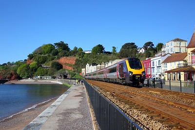 221139 on the 1M37 0630 Penzance to Manchester Piccadilly at Dawlish on the 11th May 2019