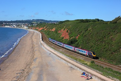 221135 working 1S45 0927 Plymouth to Aberdeen at Langstone Rock on 30 July 2020  Class221, CrossCountry, SDML