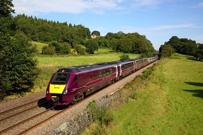 222104+222015 on the 1C35 1029 Sheffield to St Pancras International at Chevin on the 24th August 2019
