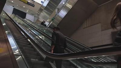 030221_escalator_passengers-141_mp4