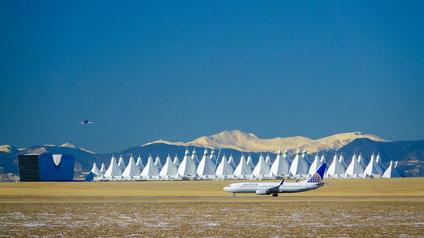 120420_jeppesen_terminal_tents_united-005