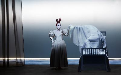 Rosa Enskat (Mother)  Photograph © Lucie Jansch